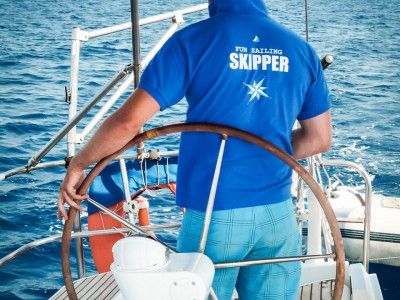 FunSailing_Club_Nautic_Skipper_on_board